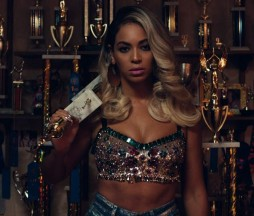 Beyoncé en Pretty Hurts