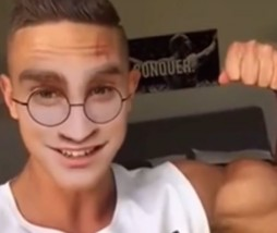 Harry Potter musculoso